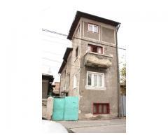 260 mp, Vila Titulescu, 3 apartamente | anunturi gratuite