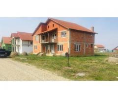 Casa rosu, cartier nou Cihei (sanmartin) toate utilitatile - anunturi gratuite